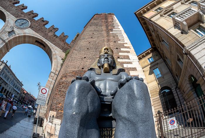Centro Storico (Altstadt): Portoni della Bra Verona