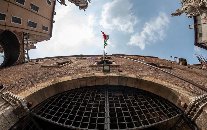 Centro Storico (Altstadt): Via Santa Maria in Chiavica Verona