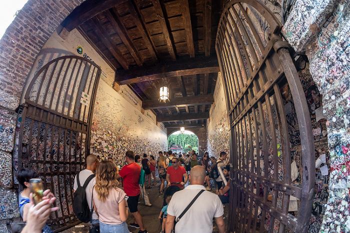 Centro Storico (Altstadt): Via Cappello - Eingang zur Casa di Giulietta Verona