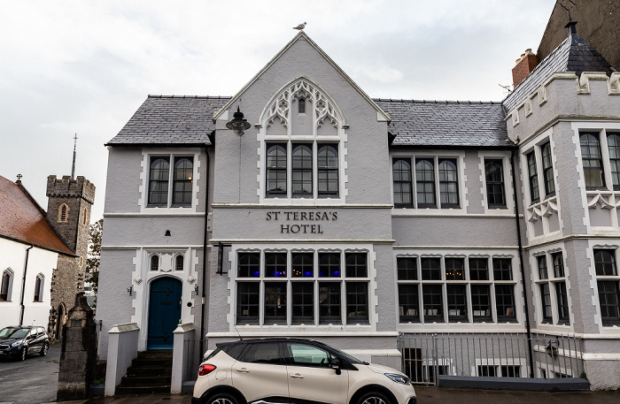 Tenby South Parade: Saint Teresa's Hotel