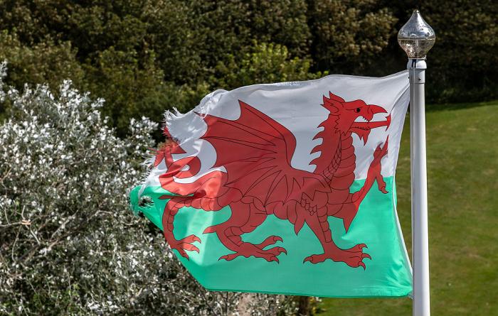 Manorbier Castle: Walisische Flagge