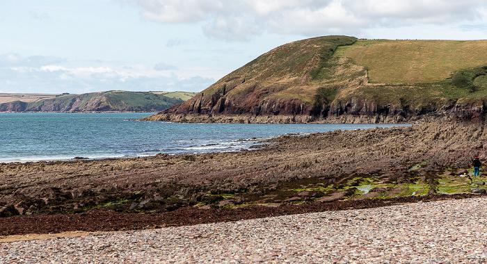 Manorbier Beach, Manorbier Bay
