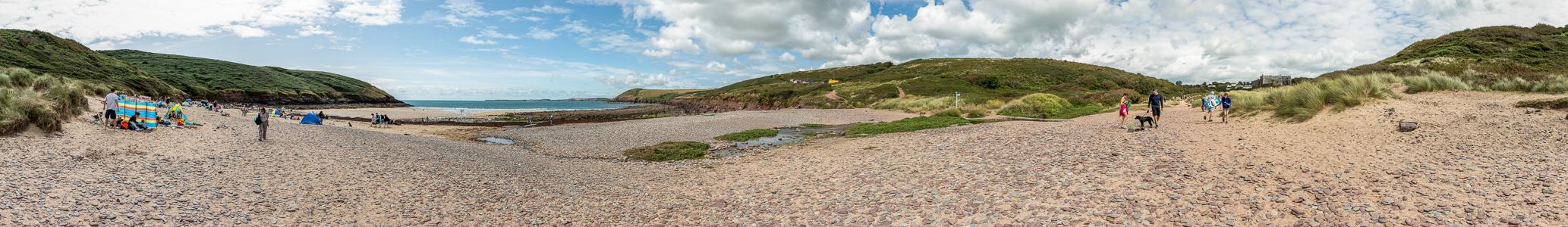 Manorbier Bay: Manorbier Beach