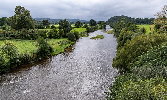 Blick von der Llandeilo Bridge: River Towy