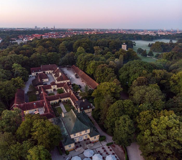 Englischer Garten: Restaurant am Chinesischen Turm, Verwaltung des Englischen Gartens München