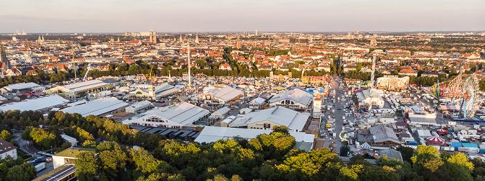 Theresienwiese (1 Woche vor Stadt des Oktoberfests) München