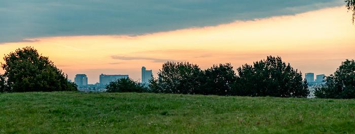 Blick vom Ollympiaberg: Olympiapark München