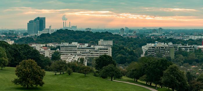 Blick vom Ollympiaberg: Olympiapark, Schwabing München