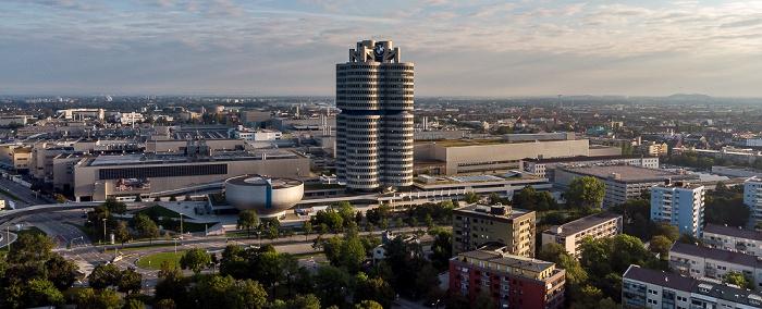 BMW-Werkshallen, BMW-Museum und BMW-Hochhaus München