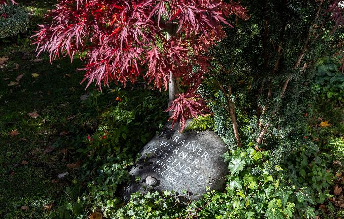 München Bogenhausener Friedhof (Friedhof St. Georg): Grabmal von Rainer Werner Fassbinder
