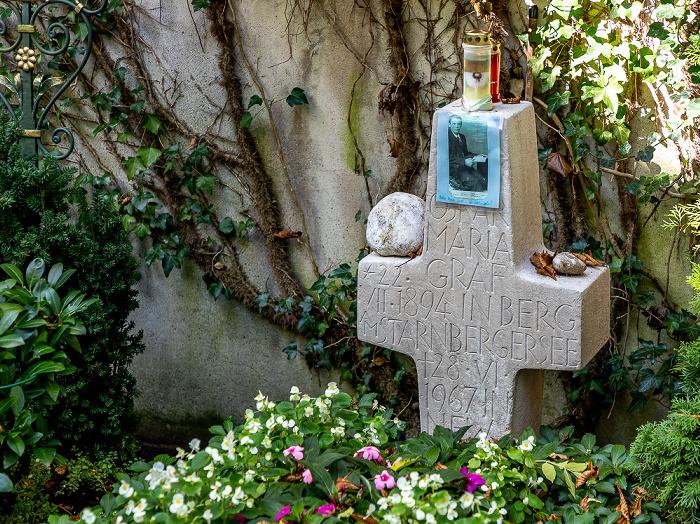 München Bogenhausener Friedhof (Friedhof St. Georg): Grabmal von Oskar Maria Graf