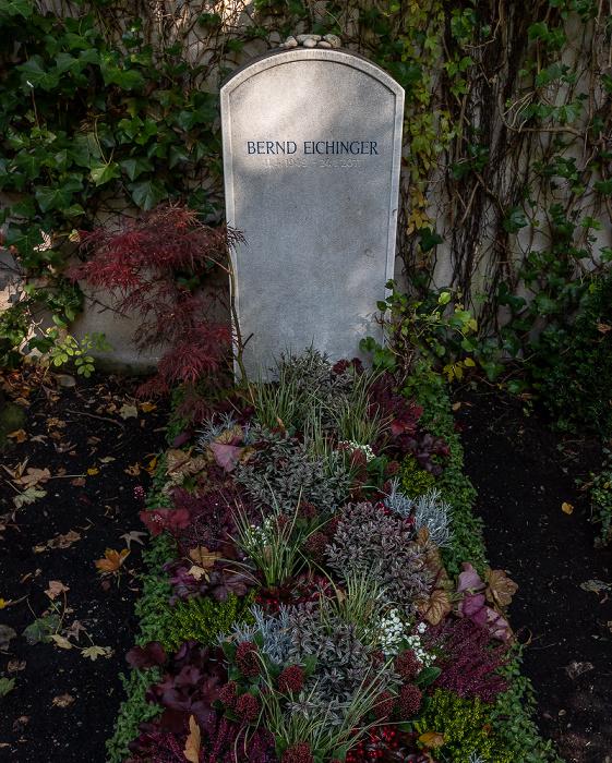München Bogenhausener Friedhof (Friedhof St. Georg): Garabmal von Bernd Eichinger