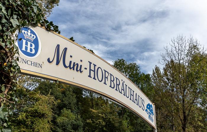 Englischer Garten: Mini-Hofbräuhaus München