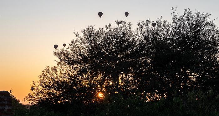 Bagan Heißluftballone