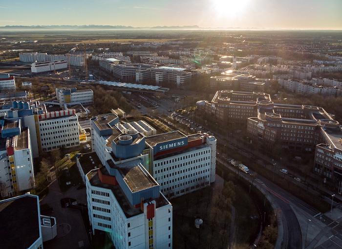 Neuperlach: Siemens München-Neuperlach, Carl-Wery-Straße, U- und S-Bahnhof Neuperlach Süd, BSH Hausgeräte Konzernzentrale München