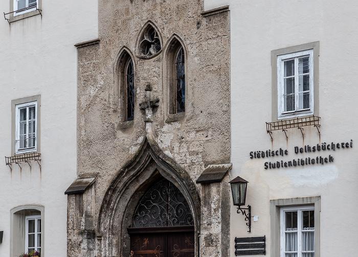 Palmplatz: Stadtbücherei Braunau am Inn