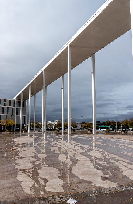 Messestadt Riem: Willy-Brandt-Platz - Portikus München