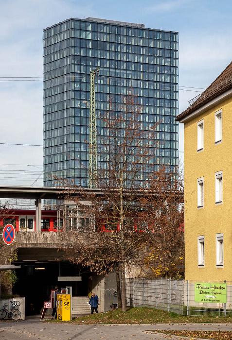 Berg am Laim: Baumkirchner Straße, S-Bahnhof Berg am Laim München