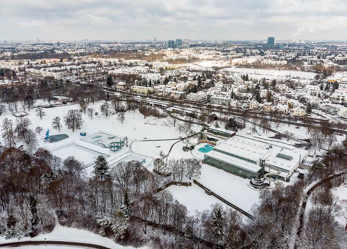 Neuperlach: Ostpark mit Michaelibad München