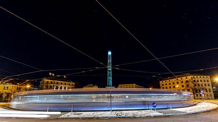 Lichtaktion Kunstareal: Karolinenplatz mit dem Obelisken München
