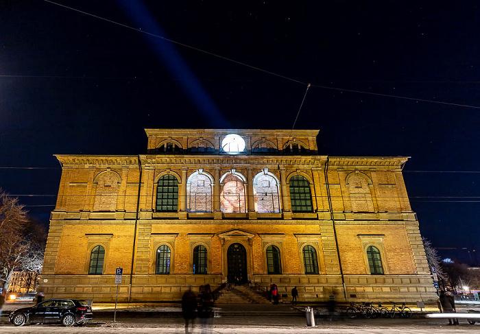 Lichtaktion Kunstareal: Installation Blick Wechsel - Barer Straße mit Alter Pinakothek München