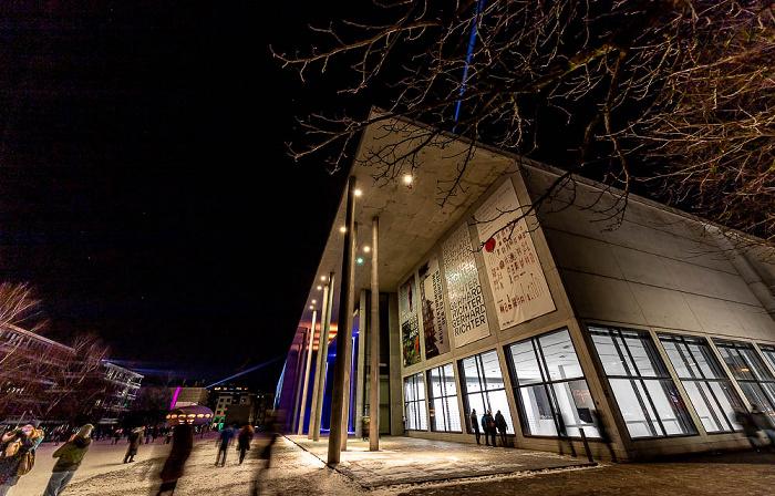 Lichtaktion Kunstareal: Pinakothek der Moderne München
